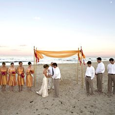 love this simple ceremony decoration easy to diy beach wedding decorations beach