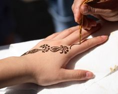 Henna Mehndi :: Gypsy Moon Emporium--prices vary by design...Celtic influence!