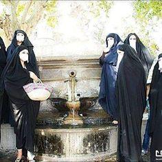 Femmes Sétifiennes en Malaya Algeria