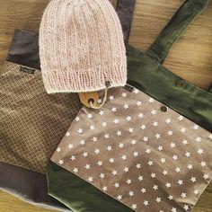 *❄️* #lumibag #lumihat #shopper #stofftasche #haube #beanie #mütze #design #shoulderbag  #alpaca #merino #handmade #withlove #bag #tasche #diy #nähen #sewing #knitting  #individual *www.lumiqi.com* With Love, Alpaca, Shopper, Dory, Louis Vuitton Damier, Photo And Video, Pattern, Bags, Instagram