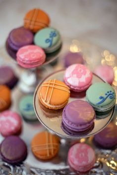 Lace Decorated Macarons
