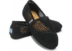 Toms - Summer Classics Womens Shoes In Black Crochet http://amzn.to/z6bREI