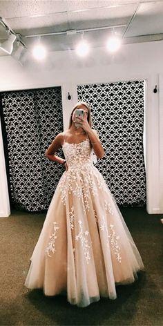 A Line Spaghetti Straps Appliques Tulle Prom Dresses - Gowns . Pretty Prom Dresses, Hoco Dresses, Tulle Prom Dress, Quinceanera Dresses, Ball Dresses, Homecoming Dresses, Cute Dresses, Beautiful Dresses, Straps Prom Dresses