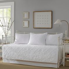 Stone Cottage Burch White Floral Daybed Bedding Set - The Home Depot Daybed Room, Daybed Bedding, Quilt Bedding, Bedding Sets, Twin Quilt, Daybed Cover Sets, Daybed Sets, White Daybed, Chenille