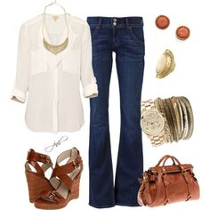 Cute and casual. Love this outfit. The loose top is great. The wedges and accessories help being a little more to the outfit Komplette Outfits, Casual Outfits, Fashion Outfits, Womens Fashion, Casual Jeans, Dress Casual, Fashion Shoes, Summer Outfits, Marlene Jeans