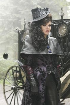 """Evil Queen Regina and Sheriff Graham from ABC's """"Once Upon a Time"""""""