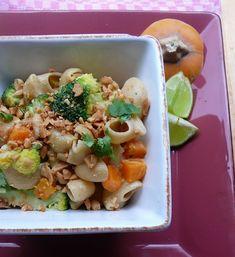 Thai ihletésű brokkolis tészta Meat, Chicken, Food, Essen, Meals, Yemek, Eten, Cubs