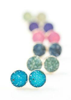 Gorgeous gold druzy stud earrings. www.kealohajewelry.com https://www.etsy.com/listing/164693862