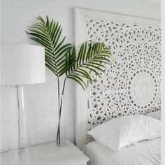 More than four feet tall, this faux Palm Leaf Branch adds instant drama displayed in an empty vase or tucked into a full arrangement. Best of all, it'll look fresh year-round. West Elm, Vase With Branches, Tree Branches, Pool Party Decorations, Paper Plants, Tropical Home Decor, Palm Plant, Palmiers, Modern Bedroom Design