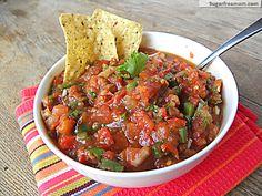 Homemade Chunky or Restaurant Style Salsa - Healthy Food Homemade Chunky Salsa, Homemade Salsa, Restaurant Style Salsa, Fresh Tomato Recipes, Mild Salsa, Cooking Recipes, Healthy Recipes, Healthy Snacks, Blender Recipes