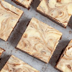 These cheesecake brownies are so delicious! They're full of chocolate, fudgy goodness with the rich, creamy zing of cheesecake. Best Cheesecake, Cheesecake Cupcakes, Cheesecake Brownies, Canolli Cupcakes, Cheesecake Recipes, Lobster Bisque Recipe, Easy Baked Pork Chops, Homemade Dinner Rolls, Tomato Pie