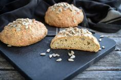 Housky chlebíkové Our Love, Muffin, Paleo, Food And Drink, Fat, Breakfast, Breads, Morning Coffee, Bread Rolls