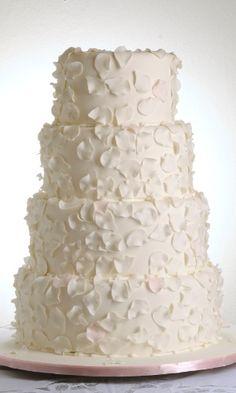 imagem-de-bolo-de-casamento-criado-pelo-atelier-fabiola-e-liana-1354114934492_300x500.jpg (300×500)