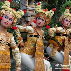 he Balinese dance in #Indonesia is expressed through body gestures! #LearnMore #WorldCultures Repin