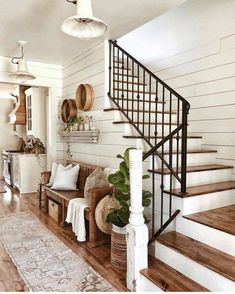 The rustic living room wall decor is indeed very eye-catching as well as lovely…. The rustic living room wall decor is indeed very eye-catching as well as lovely. Right here is a collection of rustic living room wall decor. Farmhouse Homes, House Design, Farm House Living Room, Farmhouse Entryway, Wall Decor Living Room Rustic, Farmhouse Interior, Farmhouse Style Living Room, Rustic Living Room, Rustic House