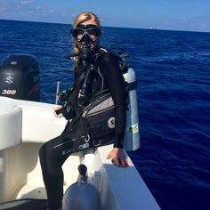 Crystal diving | HeartStories, Fear and the night dive