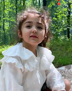 Very Cute Baby Images, Baby Images Hd, Cute Baby Girl Photos, Cute Little Baby Girl, Cute Kids Pics, Cute Girl Poses, Cute Girl Pic, Cute Baby Pictures, Cute Girls