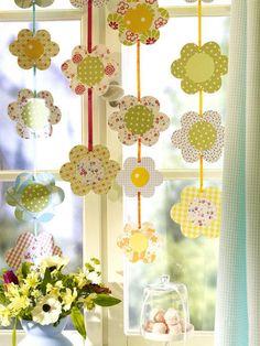 Fensterdeko zu Ostern selber machen: Blütenregen
