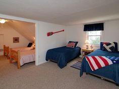 2nd floor twin bedroom (4 twins).