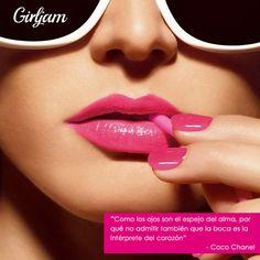 """""""Como los ojos son el espejo del alma, por qué no admitir también que la boca es la intérprete del corazón"""" -Coco Chanel"""