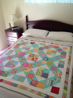 Mary Mary quilt pattern by designer: Janelle Wind. These colours are pretty...