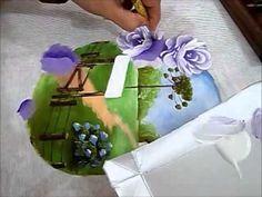 LINK para o desenho deste vídeo: http://arianecerveiraatelie.blogspot.com.br/search/label/dvd%20rosas%201%20e%20riscos Aprenda a pintar rosas porcelanizadas ...