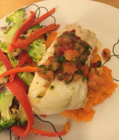 Cod with sweet potato, vegetables And salsa Gluten Free Recipes, Glutenfree, Cod, Risotto, Sweet Potato, Salsa, Potatoes, Vegetables, Cooking