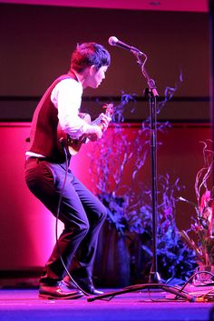 Jake Shimabukuro giving a breathtaking performance at JABSOM's 50th Anniversary Gala on July 18, 2015.