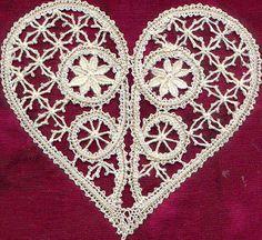 odile et ses ouvrages textiles: La dentelle aux fuseaux Point Lace, Bobbin Lace, Crochet, Needlework, Textiles, Inspiration, Spirals, Angels, New York