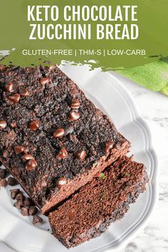 Are you craving a warm loaf of zucchini bread? How about chocolate zucchini bread? If so, this recipe is for you! Both keto and gluten-free, this recipe will please even the pickiest tastebuds. This one is great for a family dinner, to take on a picnic, or even a potluck. Try this low-carb chocolate zucchini bread today! #lowcarbdesserts #ketochocolatezuchinnibread #ketosweets Best Bread Recipe, Quick Bread Recipes, Sugar Free Recipes, Low Carb Recipes, Chocolate Zucchini Bread, Low Carb Chocolate, Chocolate Recipes, Best Zucchini Recipes, Low Carb Bread