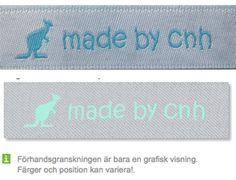 Vit bandfärg och turkos textfärg http://labelsandribbon.se/vavda-namnband-namnlappar-etiketter/standard