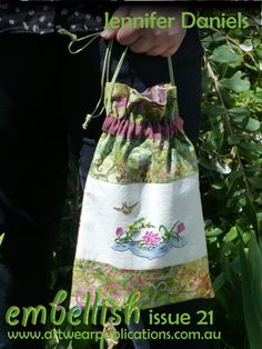 Here's a lovely little bag for you from Jennifer Daniels. Full instructions and embroidery pattern design are in Embellish 21. Embellish 21 is available at: http://artwearpublications.com.au/back-issues/back-issue-embellish-45.html #embroidery