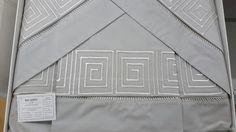 Jogo de cama chocolate 250 fios - bordado geométrico