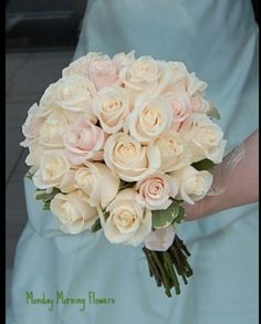 This is the type of bouquet I want. Pink, champagne.
