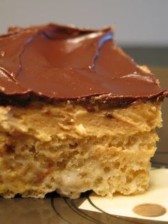 Peanut Butter Cup Rice Krispies Bars