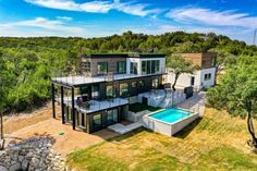 One of the Most Beautiful Houses Built with Shipping Containers in the World - Living in a Container Container Homes For Sale, Shipping Container Home Designs, Building A Container Home, Shipping Containers, Container Homes Australia, Shipping Container Cabin, Cargo Container, Container Design, Casas Containers