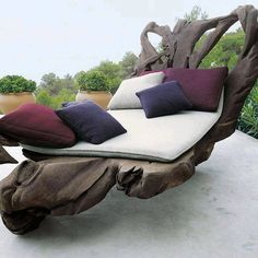 Driftwood furniture / bed / perfect peace and relaxation