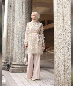 Hijab Gown, Kebaya Hijab, Hijab Dress Party, Kebaya Dress, Indian Fashion Dresses, Muslim Fashion, Fashion Outfits, Fashion Muslimah, Kebaya Modern Dress