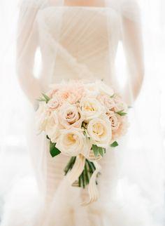 Bouquet Wedding Inspiration - Style Me Pretty Wedding Beauty, Dream Wedding, Wedding Day, Rose Wedding, Wedding Photos, Bride Bouquets, Bridesmaid Bouquet, Bouquet Wedding, Wedding Trends