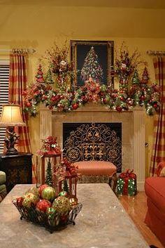 Christmas mantel / mantle