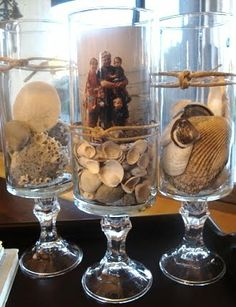 3 D Photo Display Ideas in Vases & Jars for Beach Memory Keeping - Coastal Decor Ideas Interior Design DIY Shopping Seashell Crafts, Beach Crafts, Seashell Ornaments, Home Design, Beach Design, Design Design, Interior Design, Vacation Memories, Vacation Pics