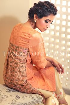 Salmon Lattice Q106 Shop now at http://www.tenadurrani.com/salmon-lattice For queries, orders and appointments kindly email at info@tenadurrani.com or contact +92 321232 4600. Visit www.tenadurrani.com to view the whole collection.
