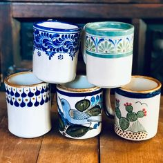 ceramic cafe Unique hand-painted ceramic stoneware mugs. Perfect for your morningcup of coffee or Mexican hot chocolate!These would makea great gift or beautiful addition to any home! Painted Coffee Mugs, Hand Painted Mugs, Painted Cups, Hand Painted Ceramics, Pottery Painting Designs, Pottery Designs, Mug Designs, Stoneware Mugs, Ceramic Mugs
