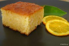 Σωστά ψημένη και σιροπιασμένη πορτοκαλόπιτα, που κρατά το σιρόπι σαν πολίτικος μπακλαβάς! Με την ίδια συνταγή λεμονόπιτα και μανταρινόπιτα. Greek Sweets, Greek Desserts, Greek Recipes, Orange Recipes, Something Sweet, Cornbread, Feta, Cake Recipes, Deserts