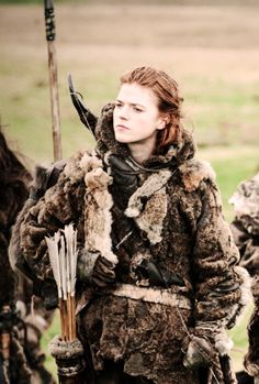 I thought GWEN WAS GONNA BE A SECRETARY ~ Rose Leslie