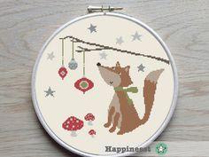 Cross stitch pattern fox christmas, modern cross stitch, christmas, woodland, PDF ** instant download** par Happinesst sur Etsy https://www.etsy.com/fr/listing/261213739/cross-stitch-pattern-fox-christmas