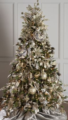 60 gorgeously decorated christmas trees from raz imports - Elegant Christmas Trees