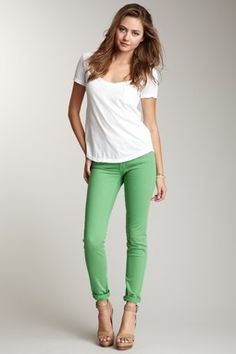 Like the colour of these jeans :)