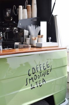 combi-coffee-truck-specialty-coffee-third-wave-coffee-drinks