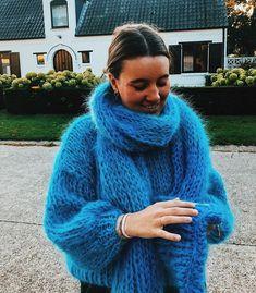 Angora Sweater, Knit Fashion, Trends, Style Me, Knitwear, Women Wear, Knitting, Knits, Sweaters